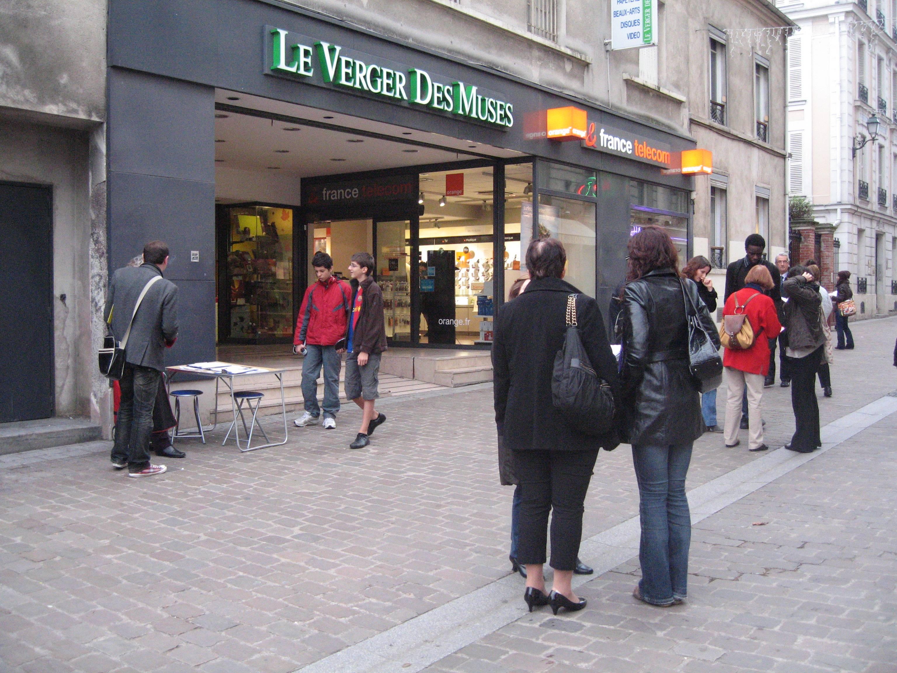LE VERGER DES MUSES………TOUJOURS PRÉSENT À BOURG-LA-REINE !